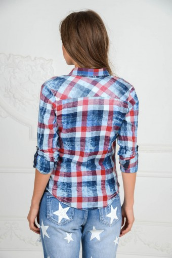 Женская рубашка в клетку