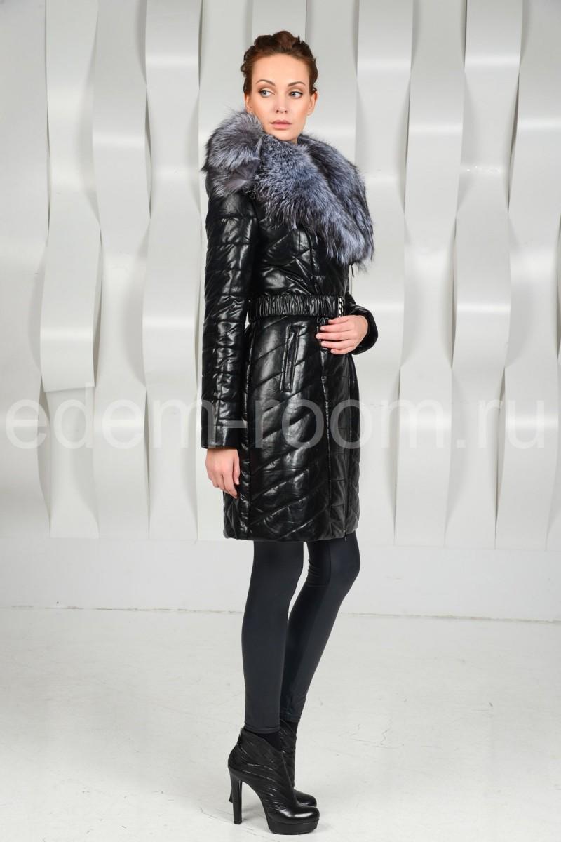 Пальто из экокожи с шикарным мехом