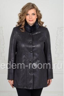 Женская куртка из эко-замши с норковым воротником