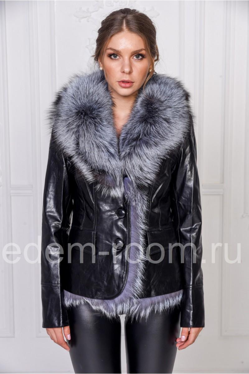 Осенняя куртка из искусственной кожи