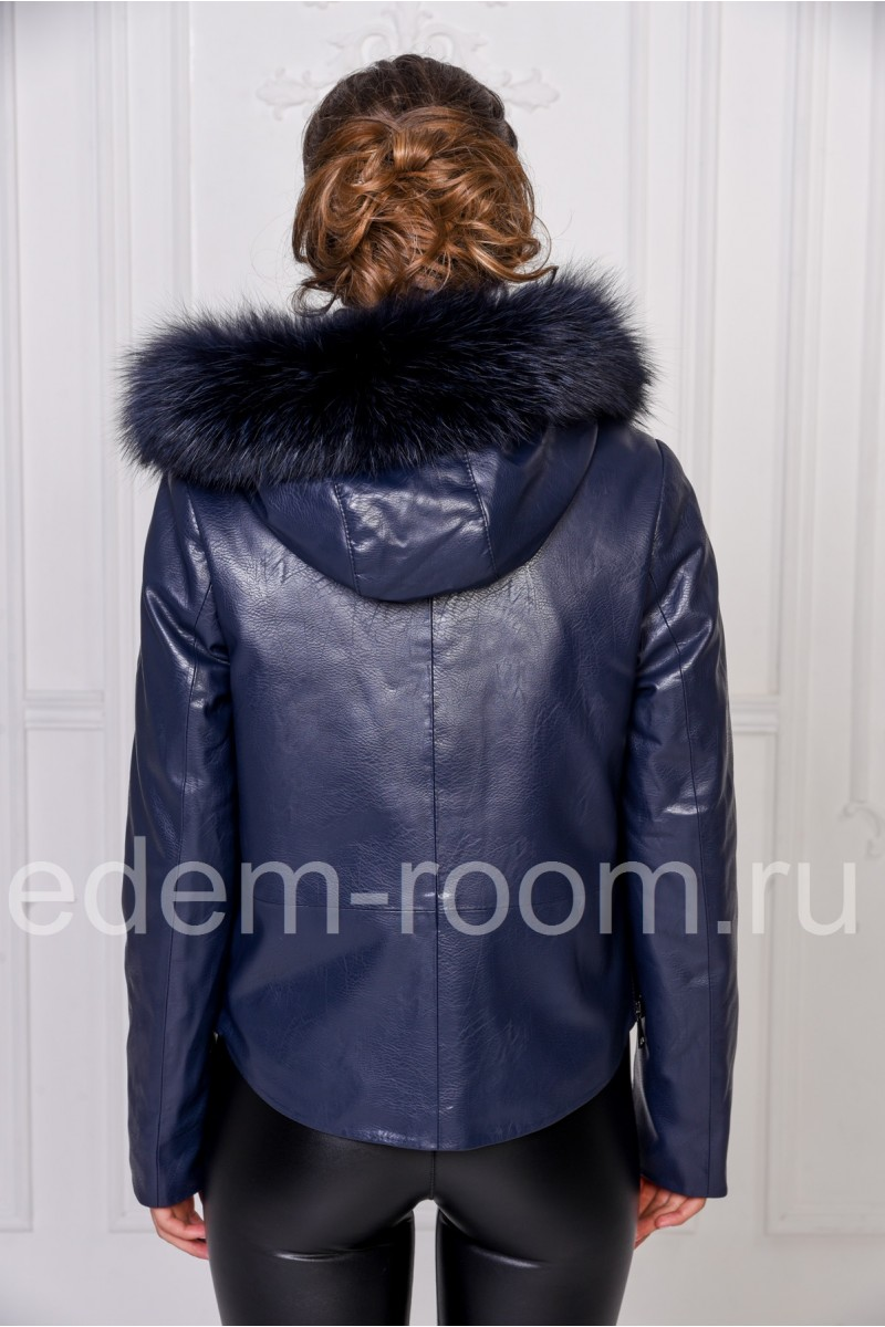Женская куртка из искусственной кожи с капюшоном