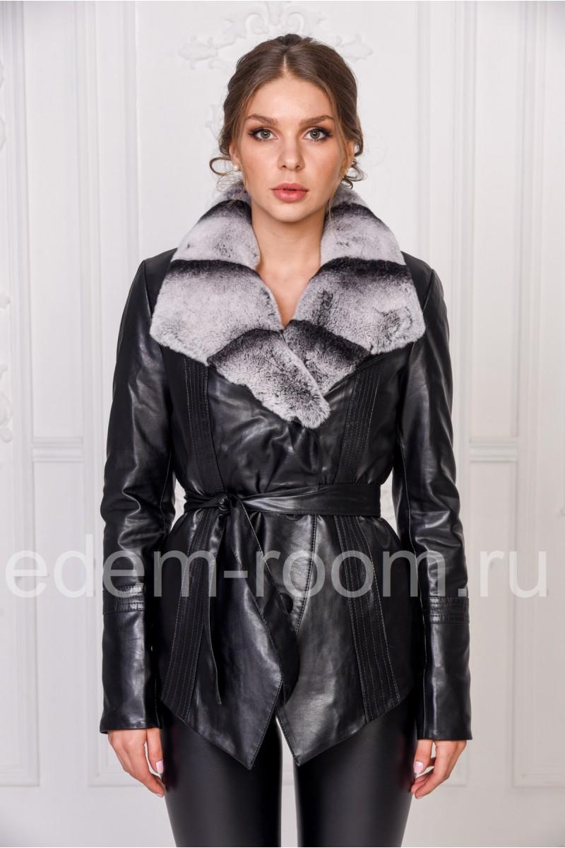 Утеплённая куртка с меховым воротником