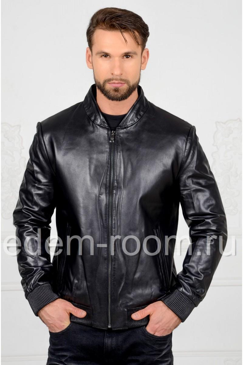 Чёрная мужская кожаная куртка