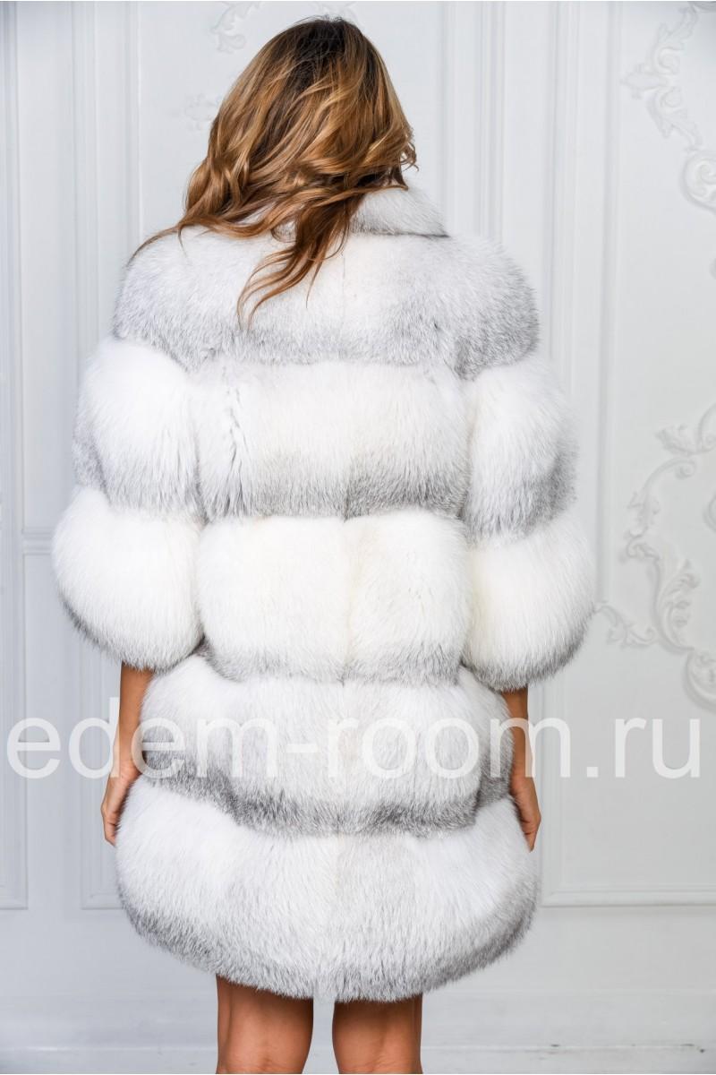 Белоснежная шуба из полярной лисы