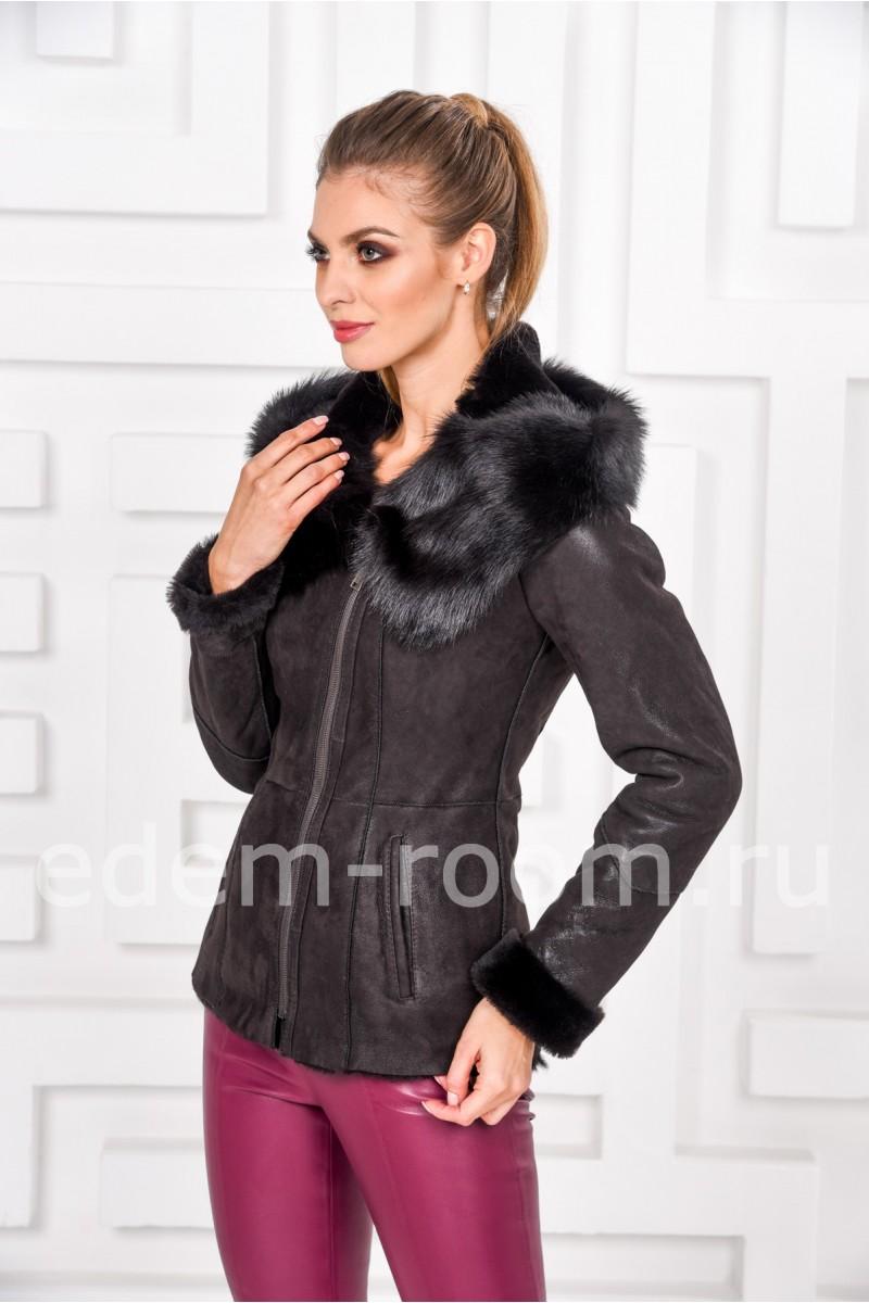 Коричневая куртка - дублёнка