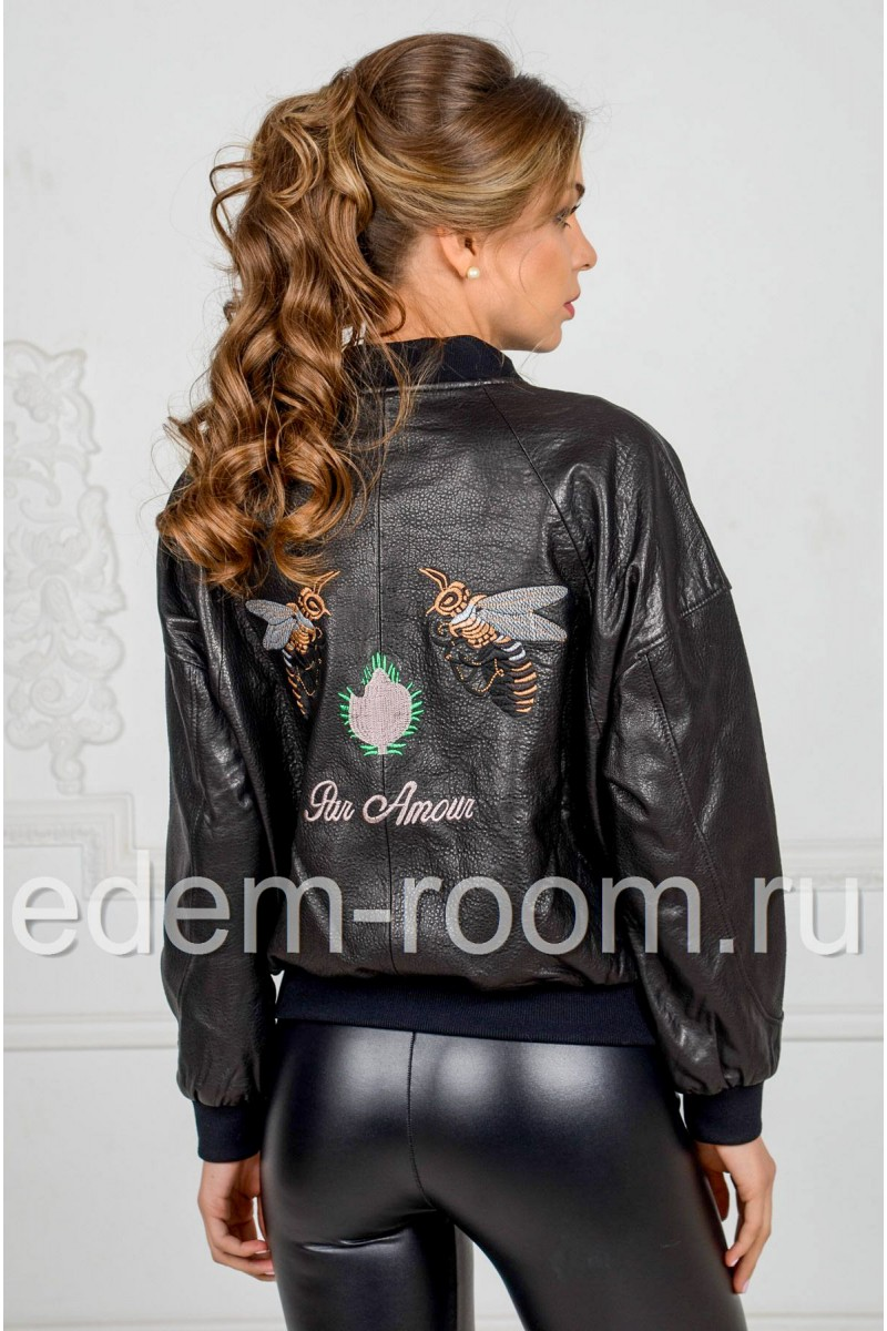 Женский кожаный бомбер