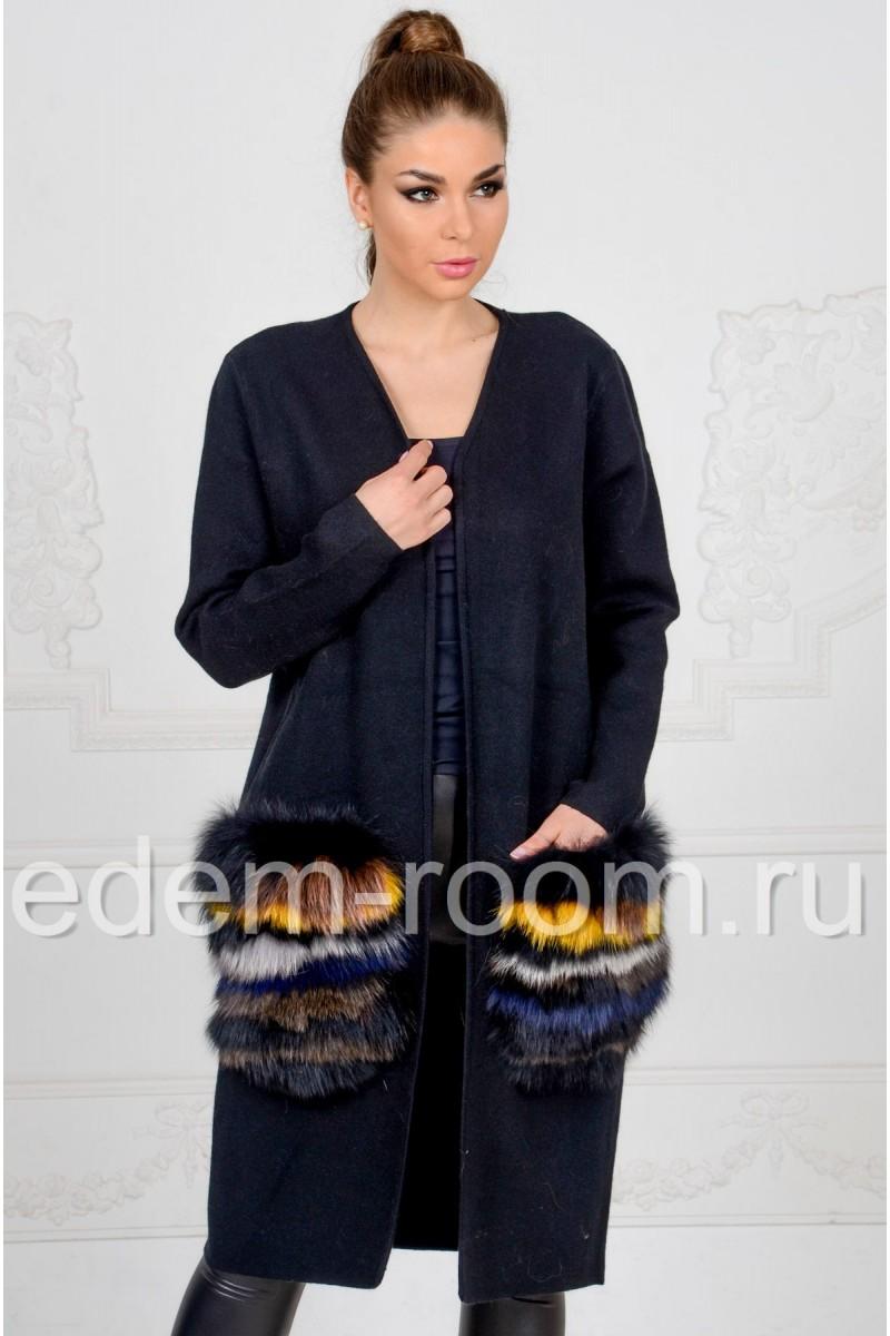 Трикотажное пальто с меховыми карманами