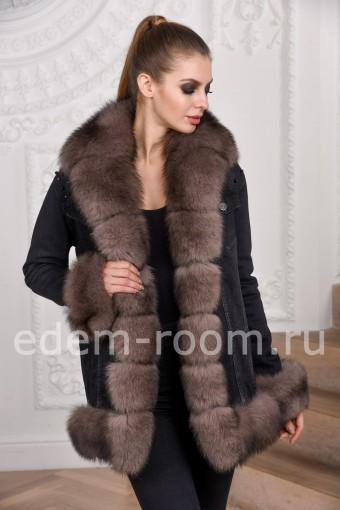 Межсезонная куртка с мехом финского песца