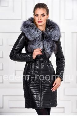 Черное пальто из экокожи