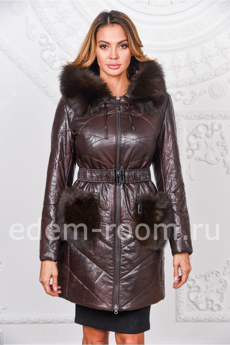 Коричневое пальто из экокожи