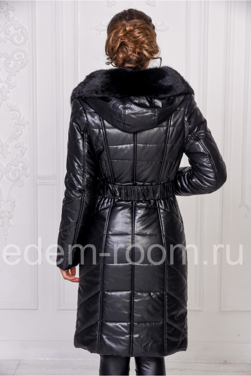 Зимнее пальто из эко-кожи с натуральным мехом
