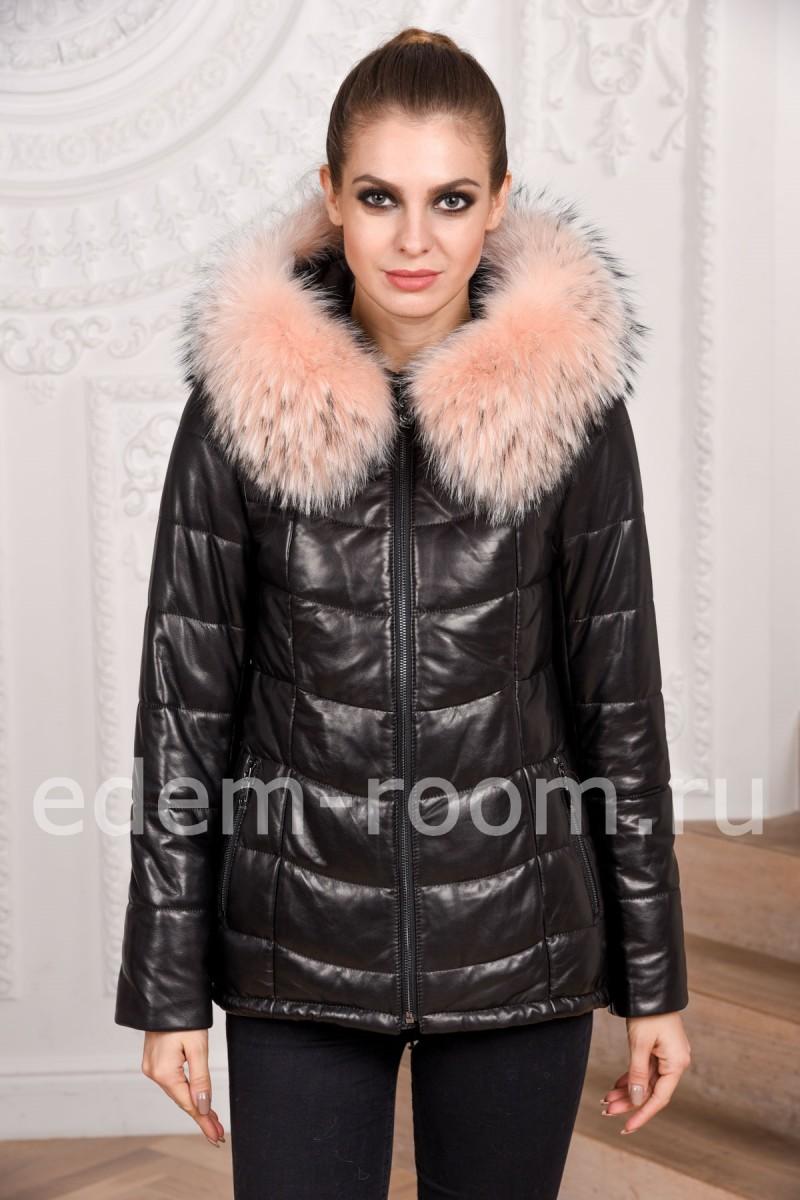Удобная зимняя куртка из кожи с капюшоном