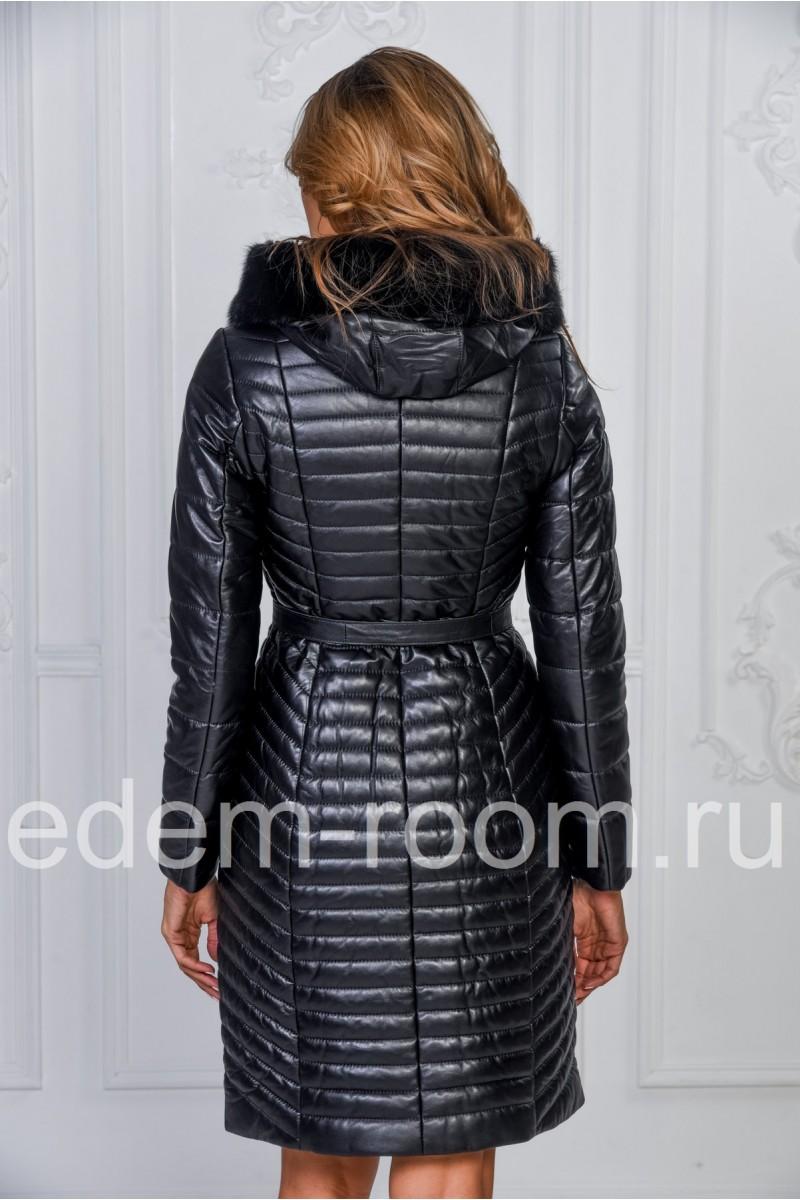 Простроченное кожаное пальто с мехом норки и капюшоном