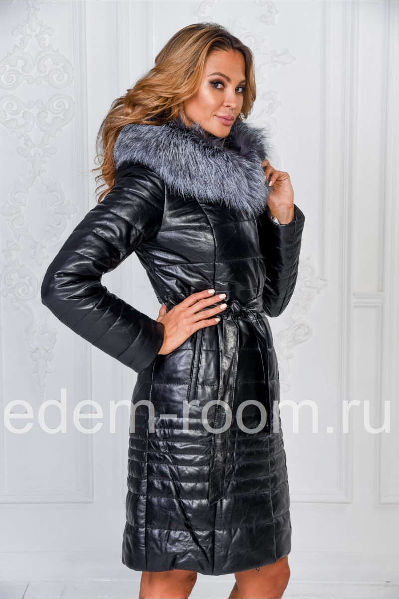 Комфортное зимнее пальто из кожи с капюшоном