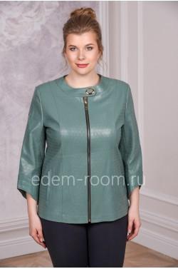 Модная куртка из экокожи на большие размеры