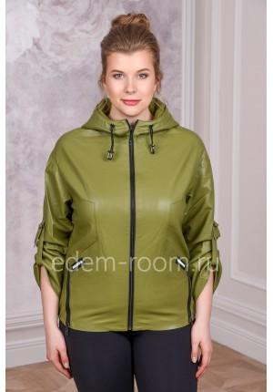 Модная куртка из экокожи