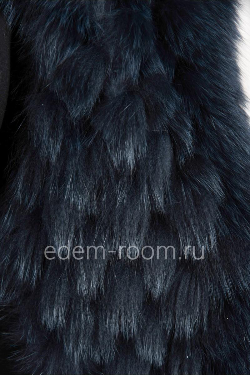 Женское меховое пальто из лисы