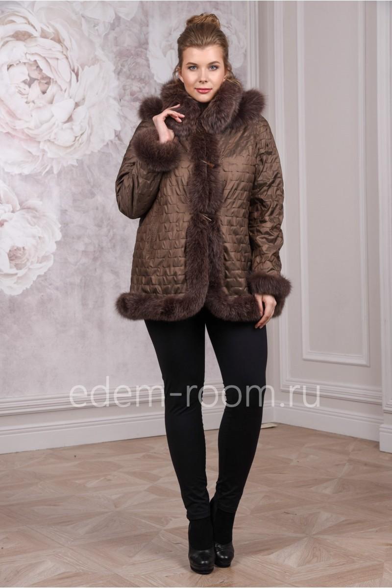 Стильное меховое пальто из лисы