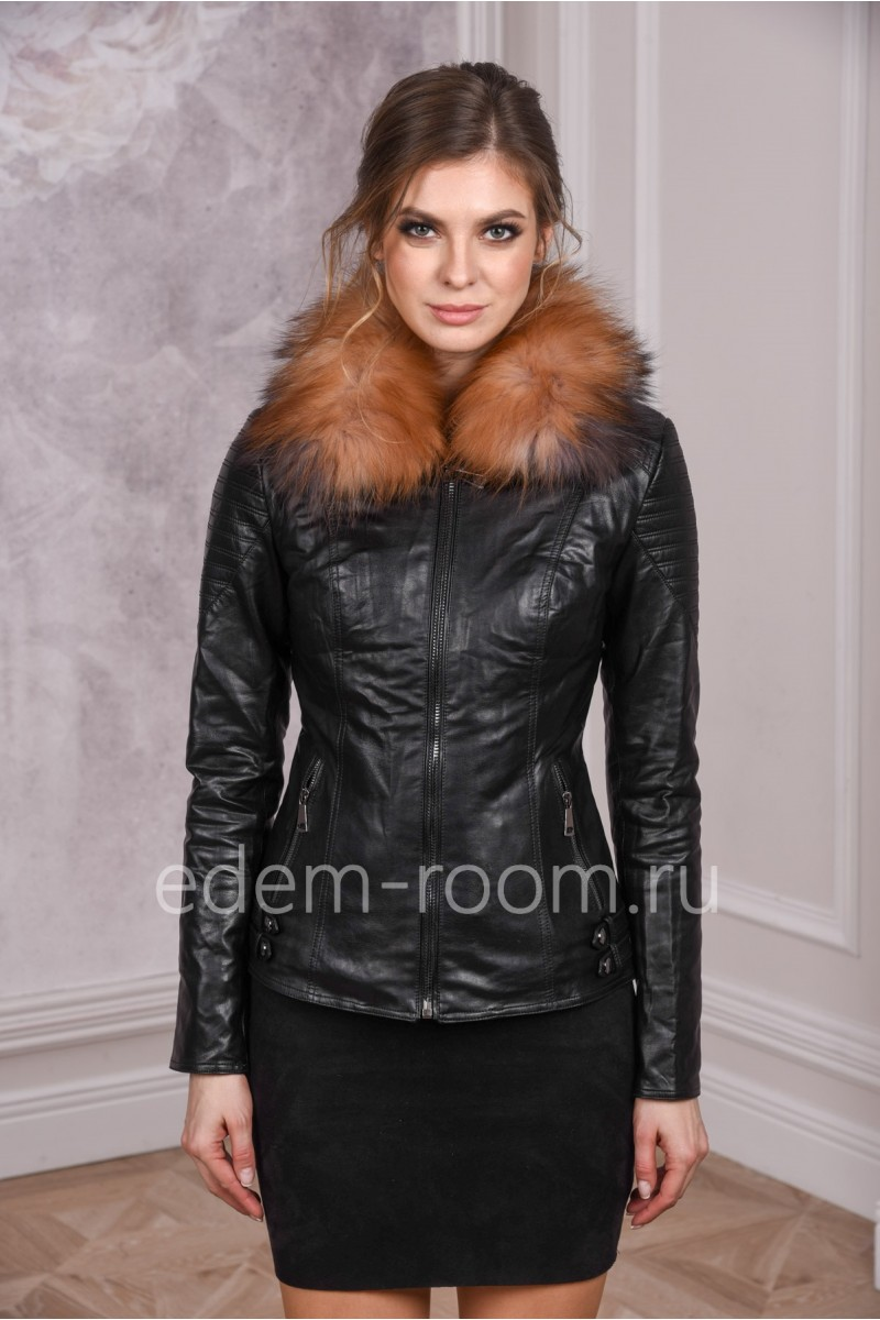 Куртка из эко-кожи с меховым воротником