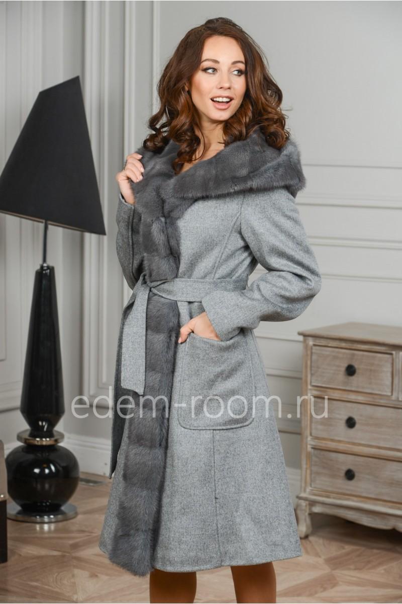 Демисезонное пальто из шерсти и норки