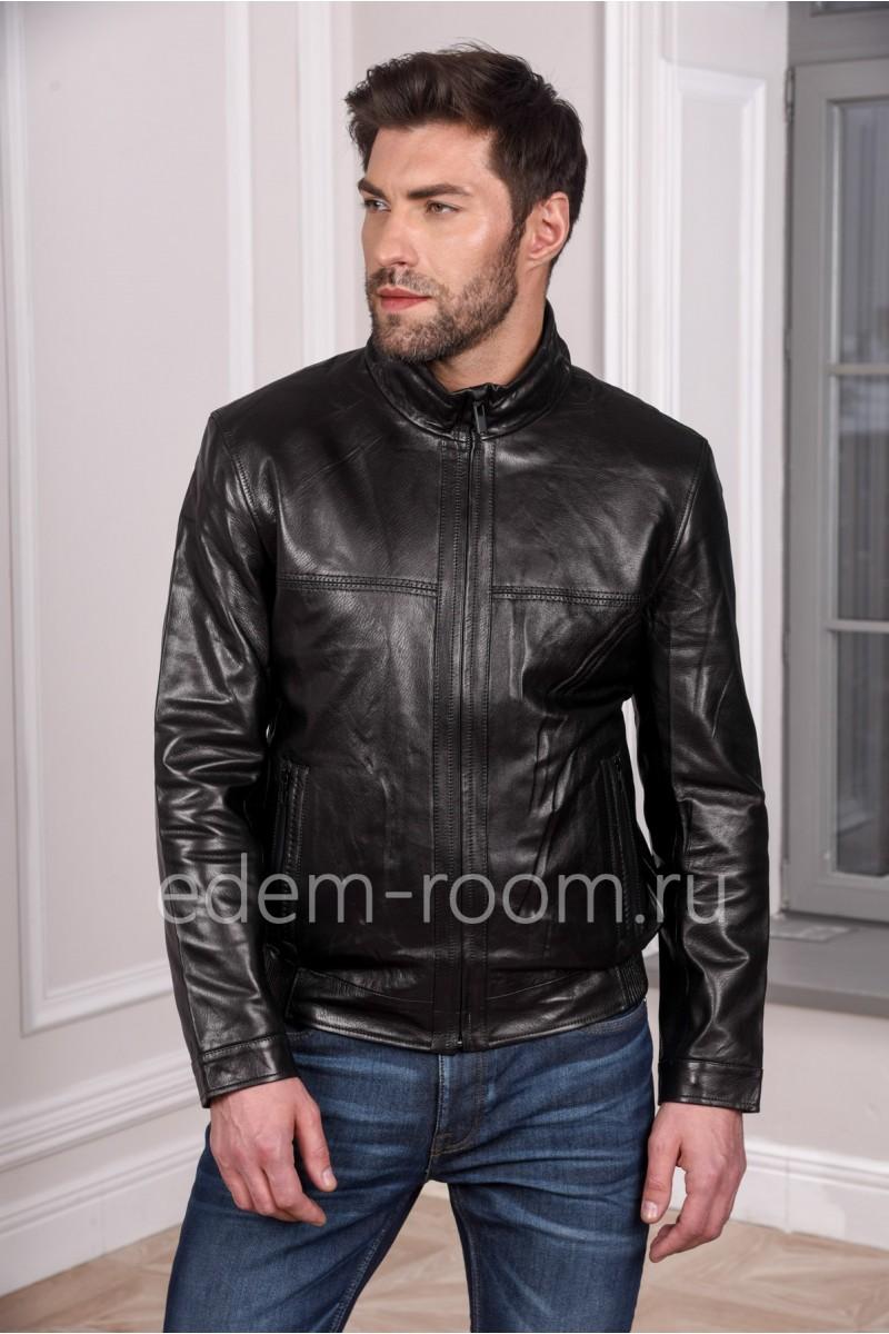 Черная мужская кожаная куртка