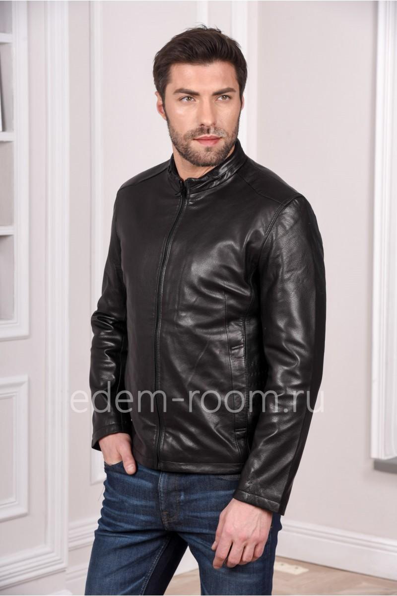 Мужская куртка кожаная на весну короткая, черного цвета