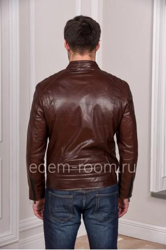 Коричневая куртка из натуральной кожи. Молодежная