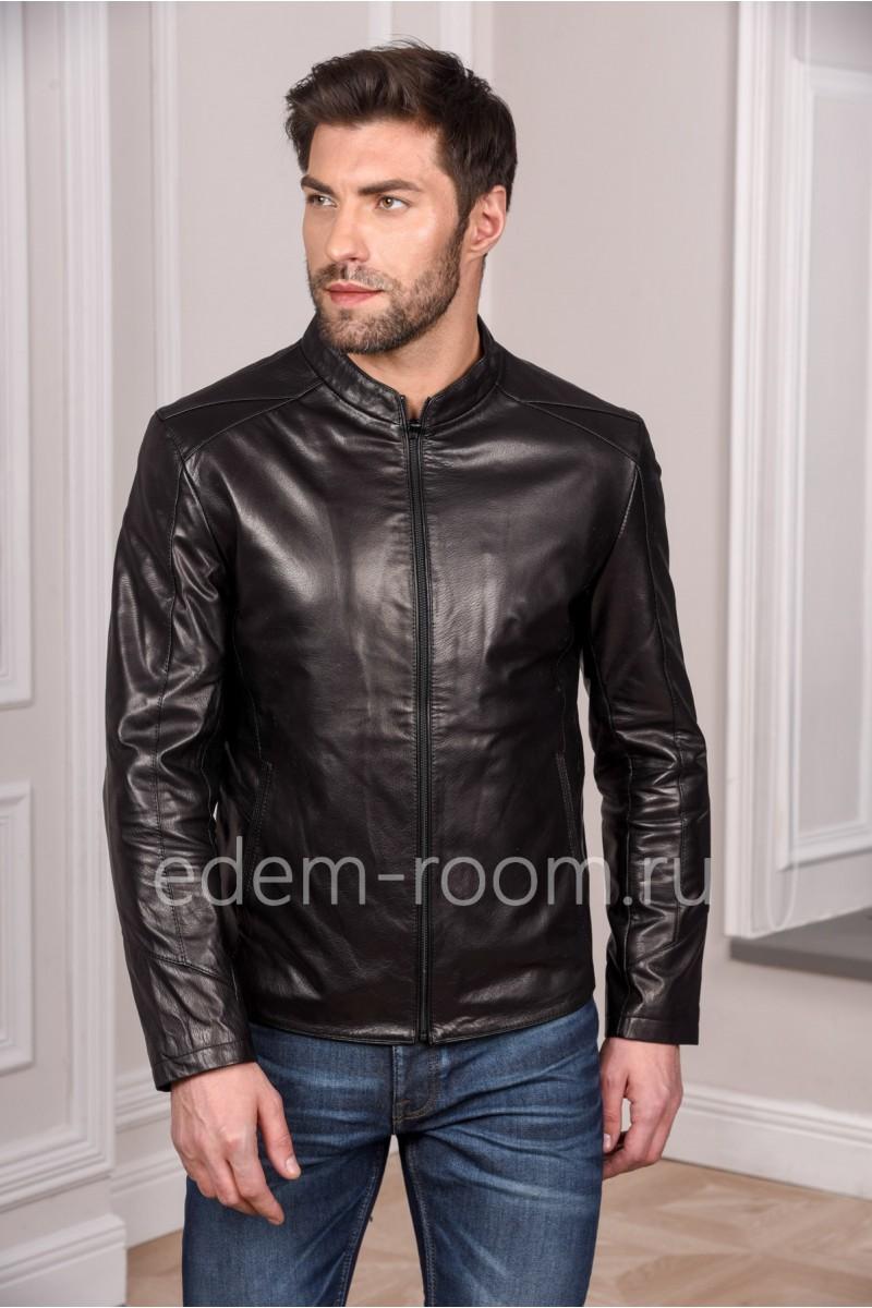 Черная стильная кожаная куртка для мужчин молодежная