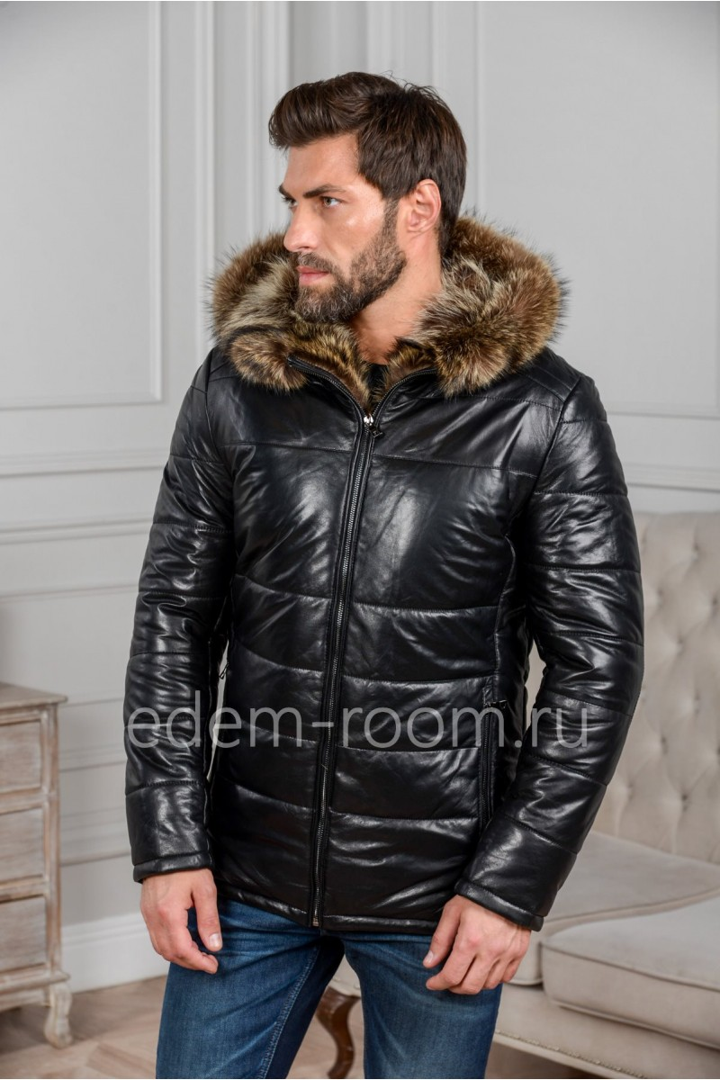 Зимняя кожаная куртка с меховым капюшоном