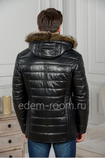 Кожаная куртка для зимы с капюшоном