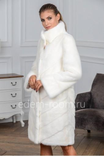Белая норковая шуба без капюшона