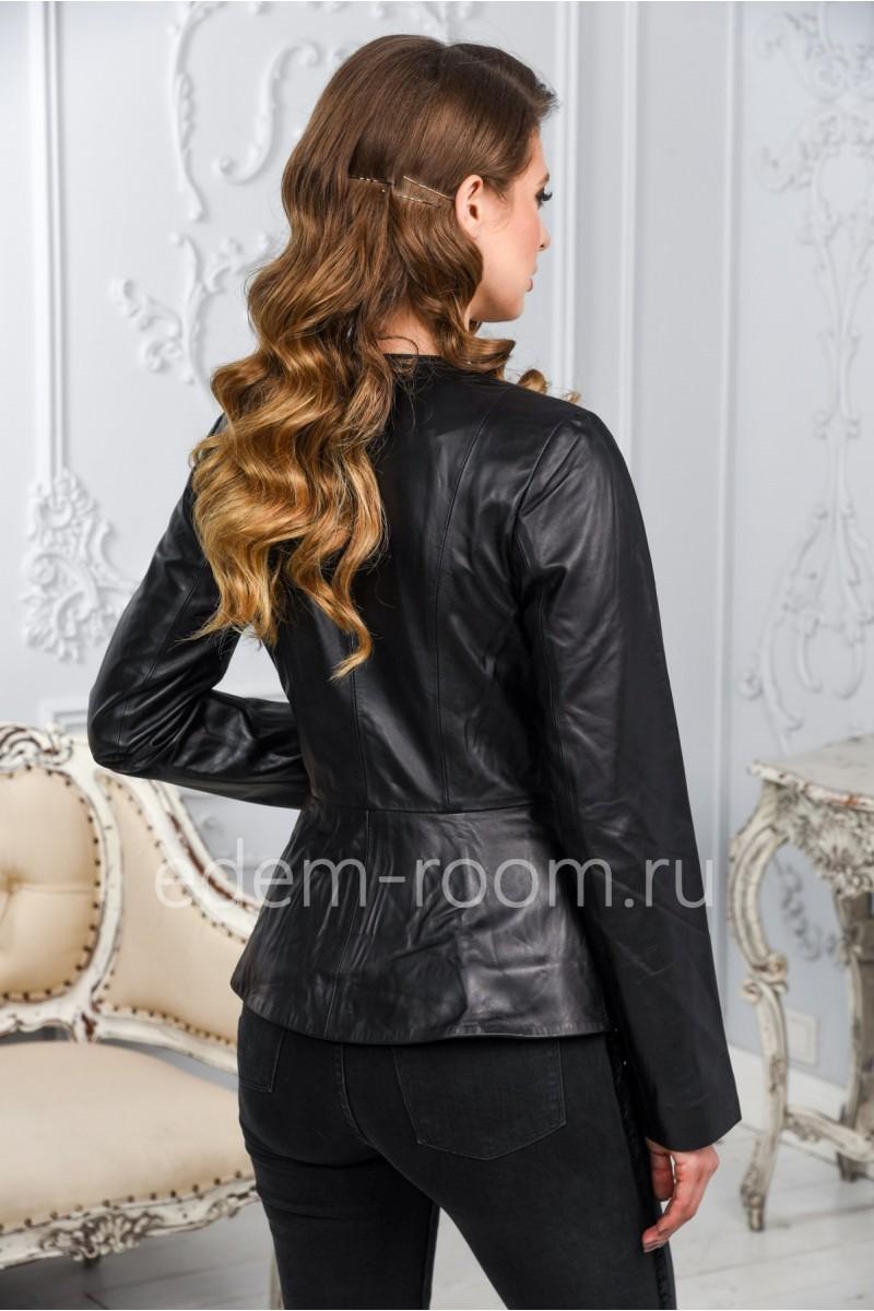 Женская кожаная куртка черного цвета из Турции