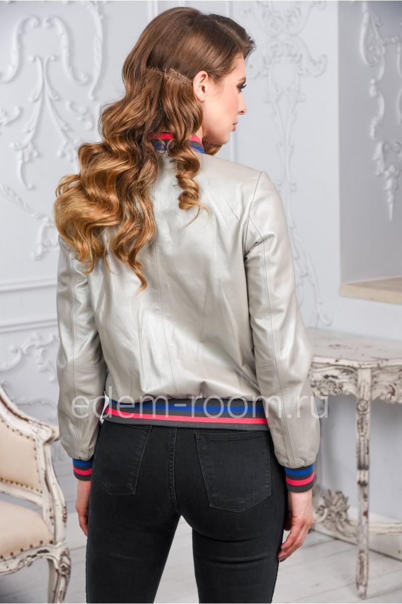 Женская кожаная куртка бомбер