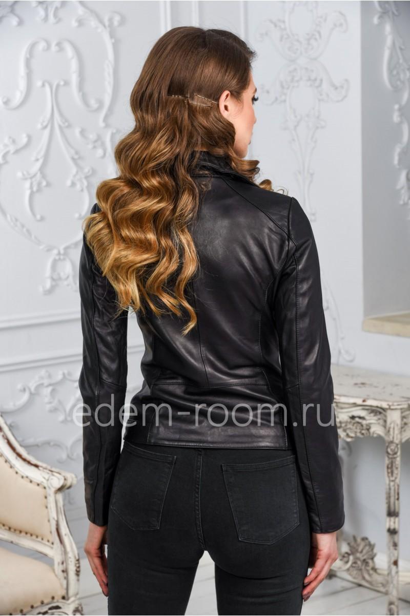 Женская кожаная куртка с отложным воротником