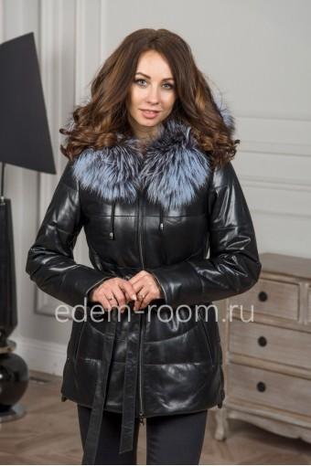 Тёплая куртка из кожи с капюшоном