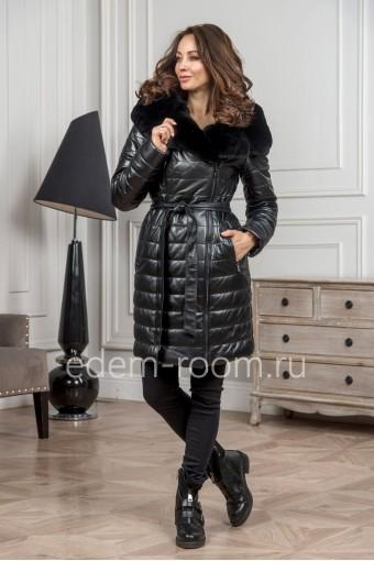 Кожаное зимнее пальто с капюшоном