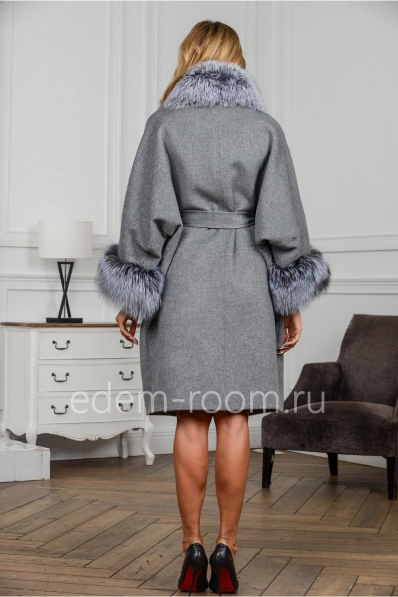 Шерстяное пальто для больших размеров