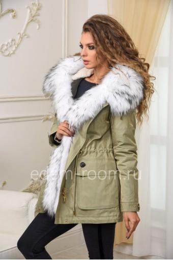 Парка-куртка с густым мехом енота