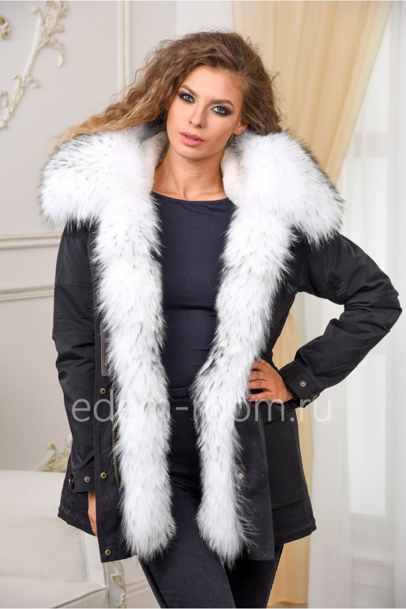 Парка - куртка с меховым капюшоном