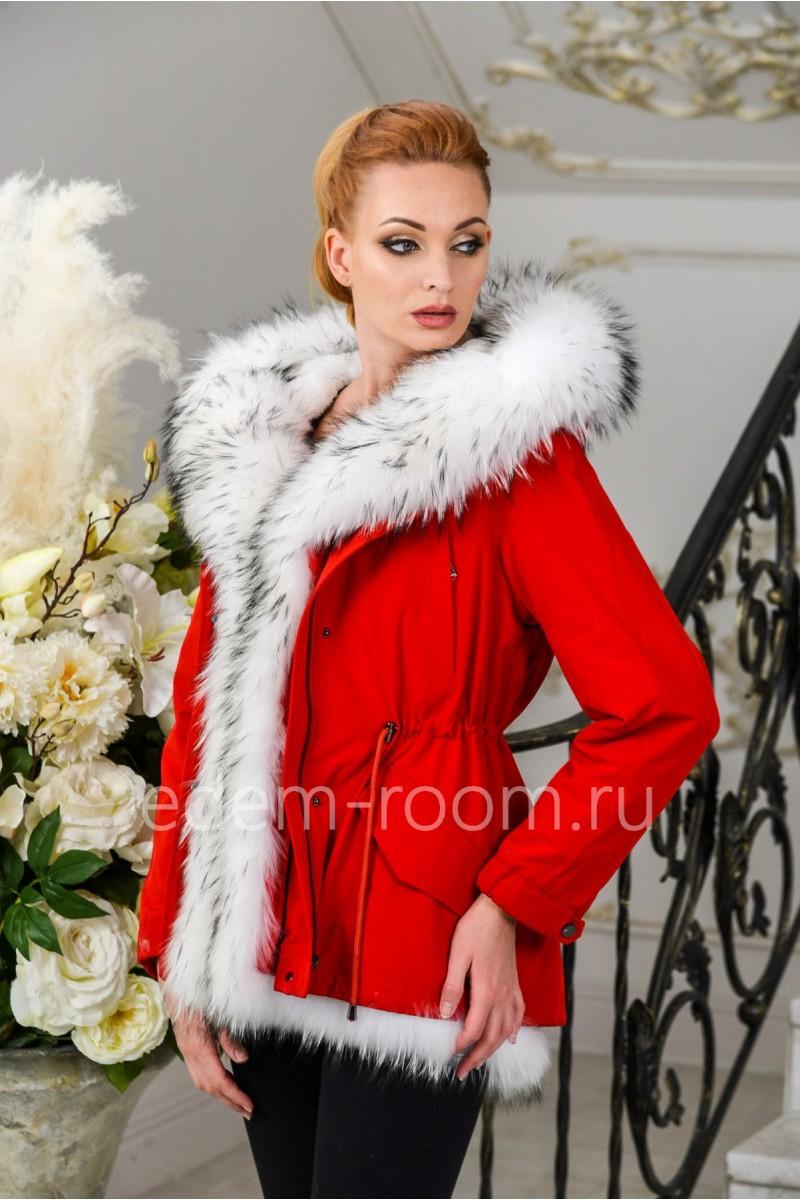 Красная парка -куртка с белым мехом