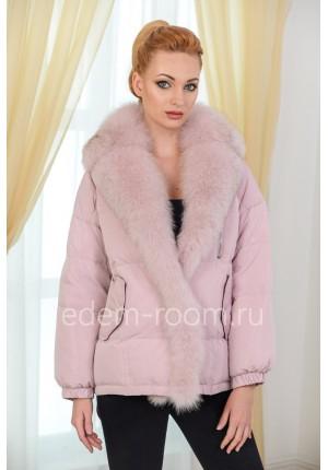 Розовая пуховая куртка с мехом