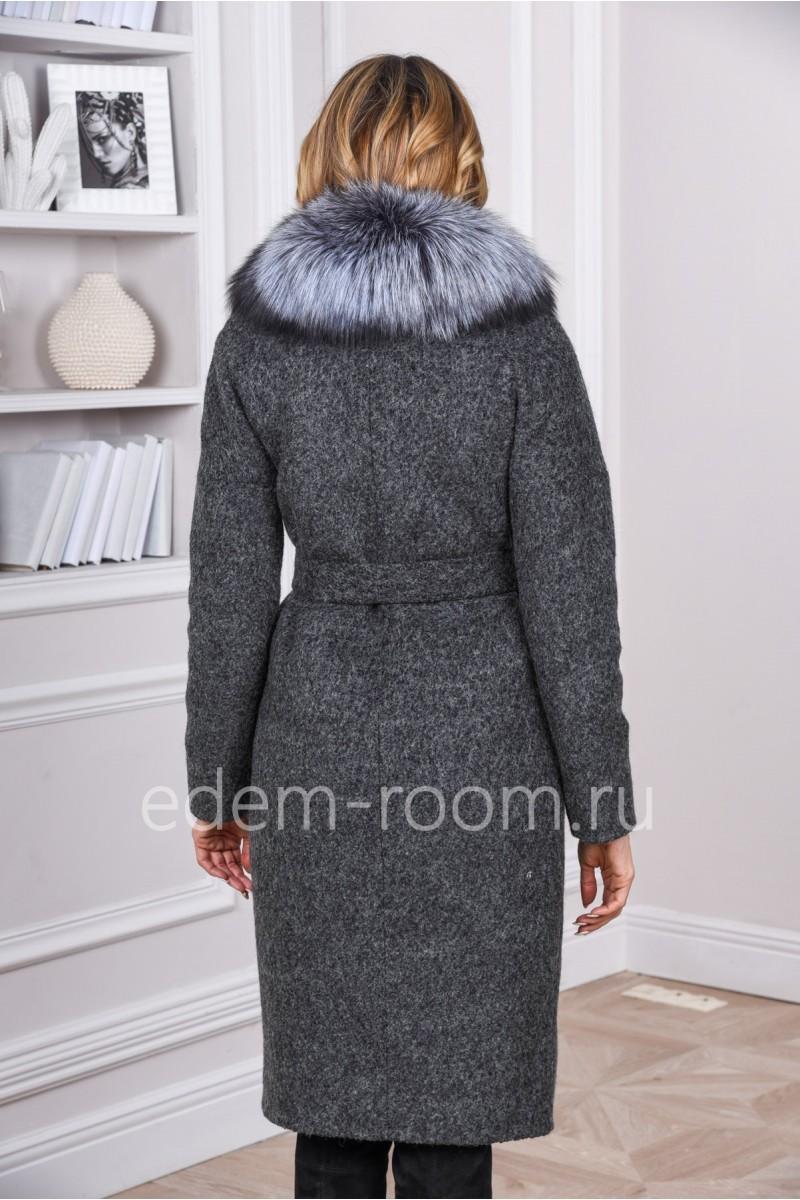 Зимнее пальто из букле