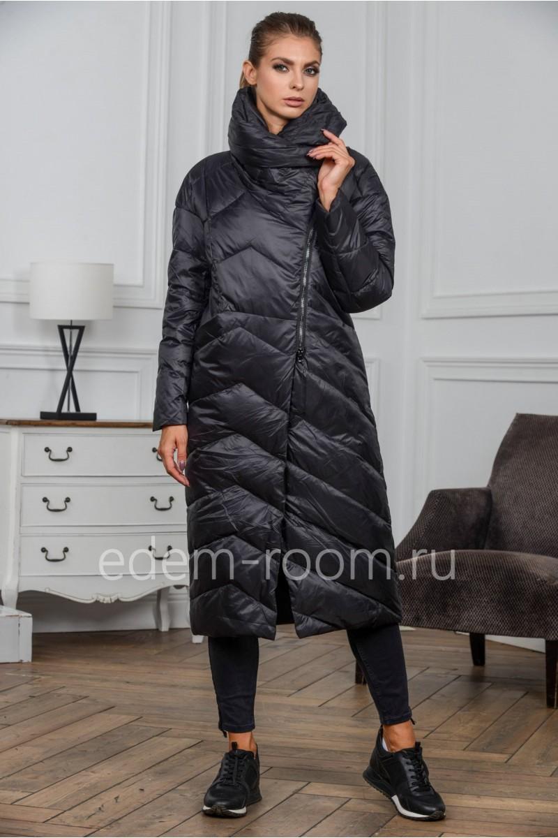 Чёрное пуховое пальто