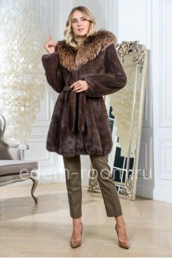 Удлиненная норковая шуба баллон с поясом, цвет коричневый