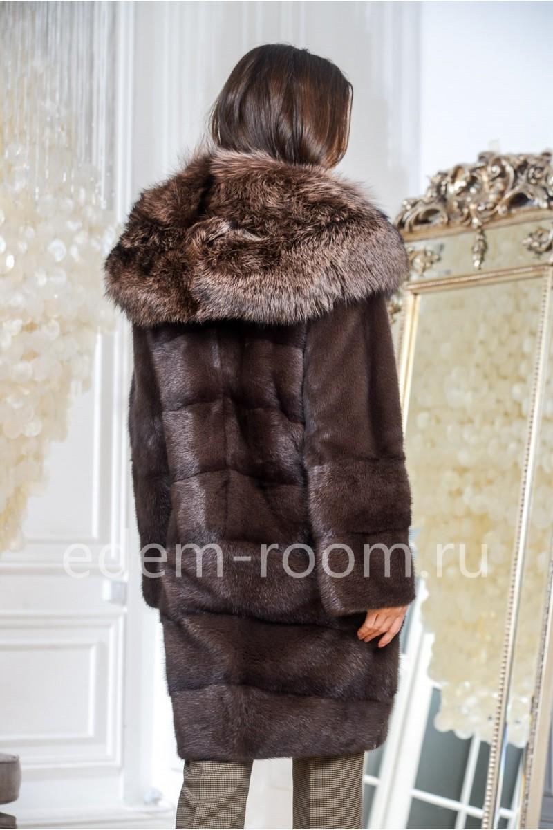 Норковая шуба с полностью меховым капюшоном из лисы