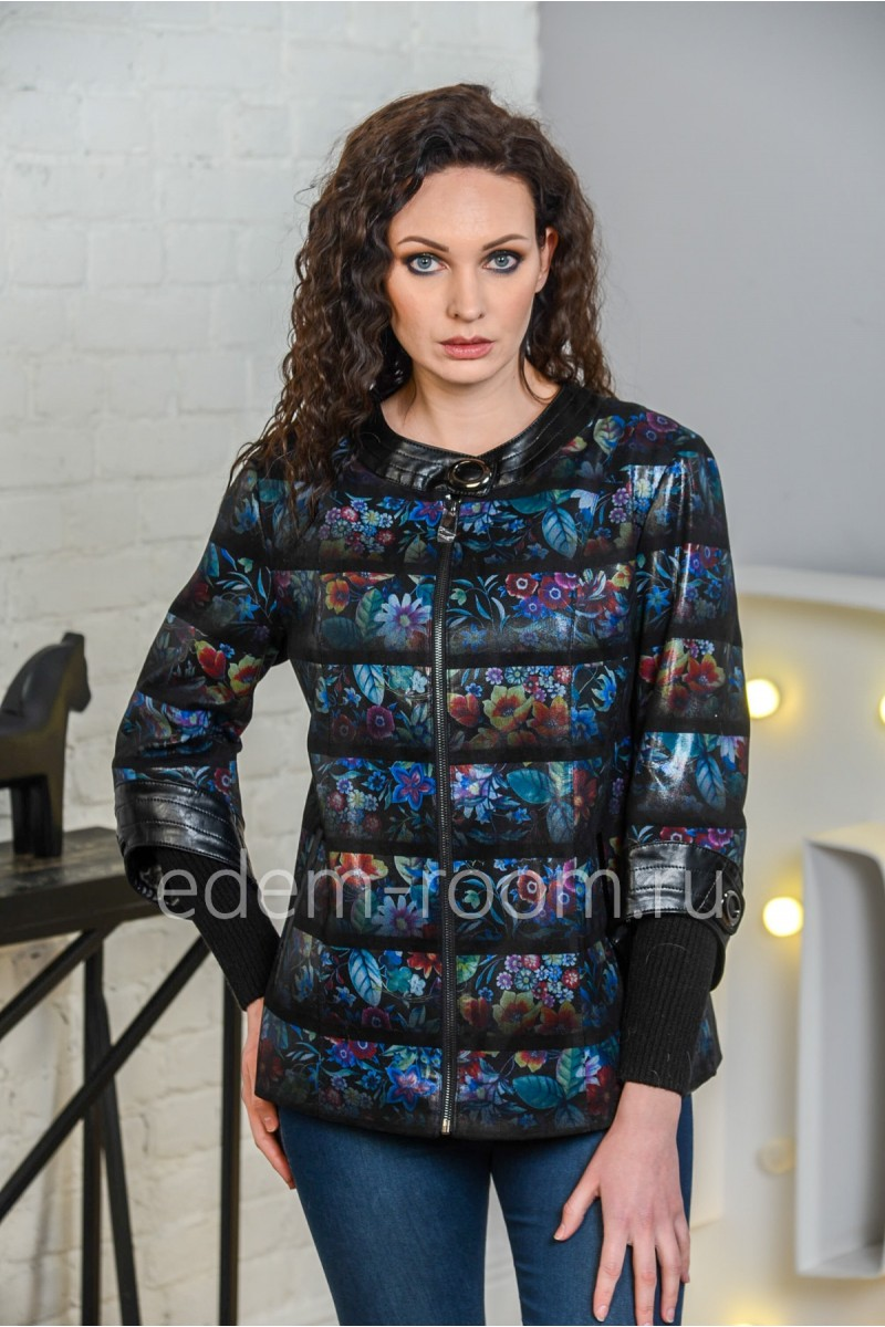 Женская куртка из не натуральной замши