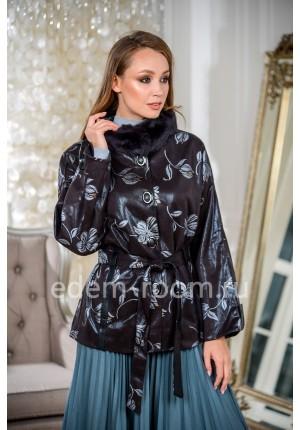 Укороченная куртка для женщин