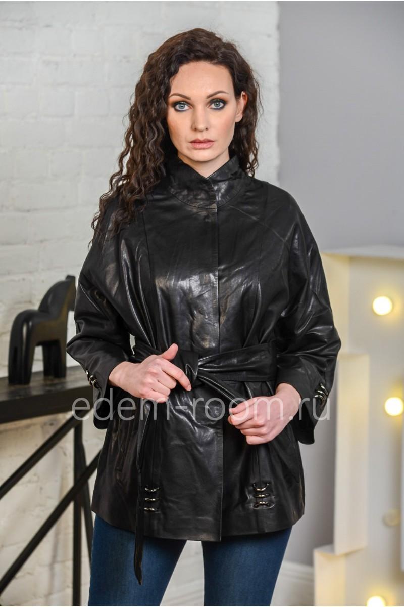 Женская кожаная куртка с поясом