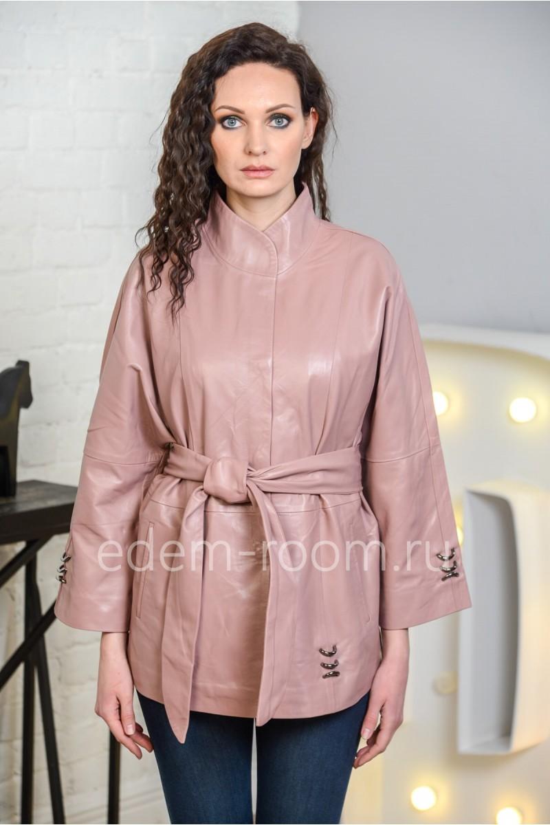 Женская кожаная куртка цвета пудры из натуральной кожи