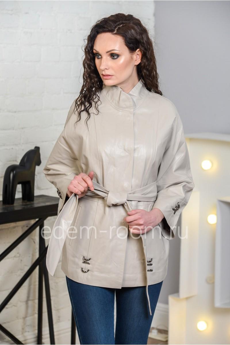 Серая женская кожаная куртка из натуральной кожи. Белый оттенок